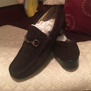 In good condition Gucci shoes